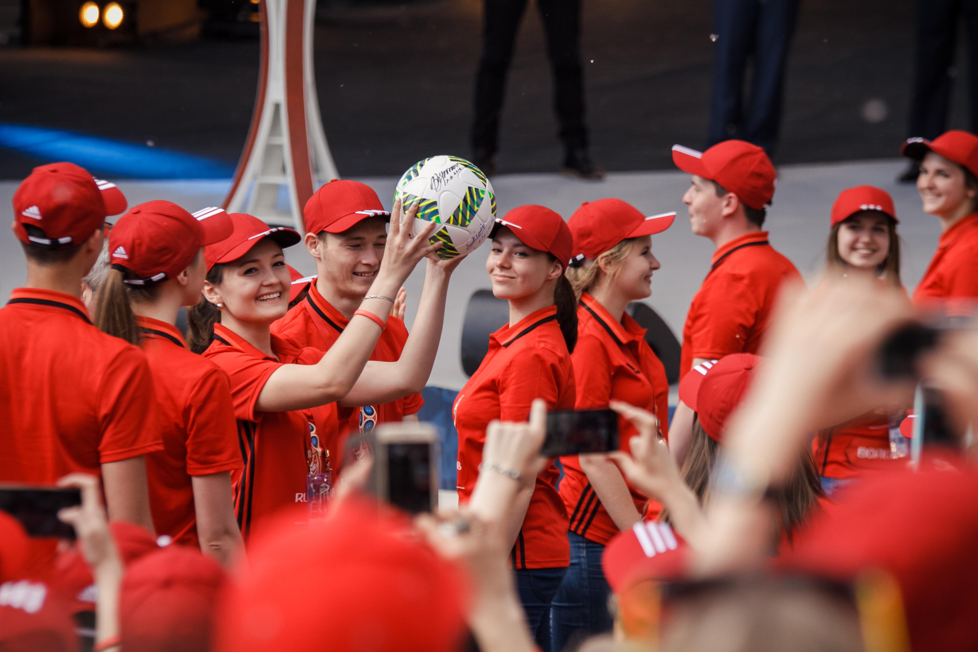 2018 футболу зарегистрироваться по мира в волонтеры на чемпионат